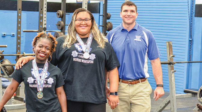 Wellington Weightlifting Teammates Capture Individual State Crowns