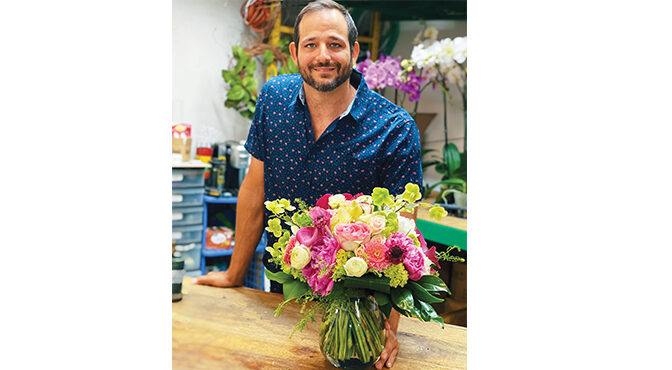 BUSINESS IS BLOOMING Award-Winning Wellington Florist Celebrates 30 Years In The Community