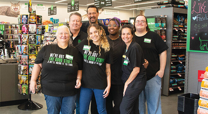Serving The Needs Of Local Pet Parents   New Pet Supplies Plus Store Has Opened In The Southern Palm Crossing Shopping Plaza